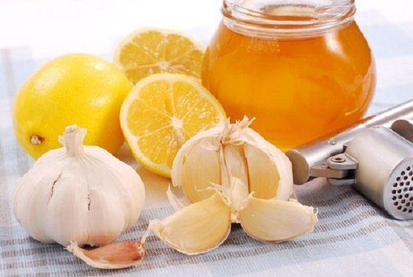 Мед, лимон и чеснок для чистки сосудов — 5 рецептов смесей и настоек, потенциальные противопоказания народных методов лечения